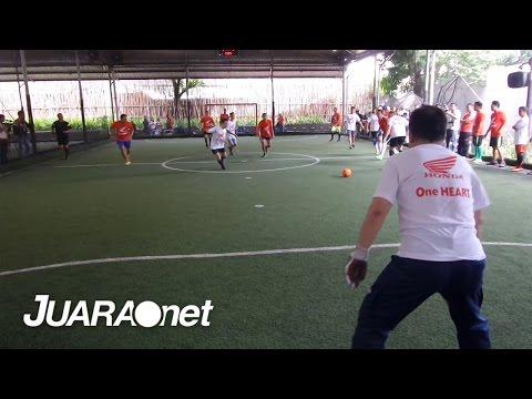Marquez dan Pedrosa Bermain Futsal di Jakarta