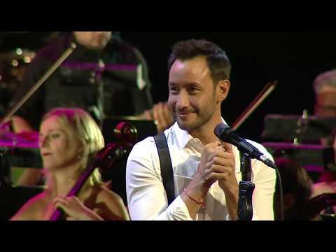 Luciano Pereyra video Porque aún te amo - Teatro Colón - Festival Unicos - 2019