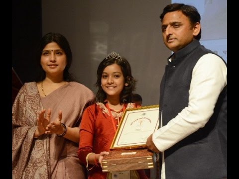 Dimple Yadav at Rani Laxmibai awards | Nishtha Sharma Voice India kids