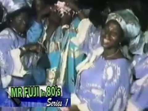 Dr Sikiru Ayinde Barrister - live in portonovo 80s