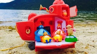 TWIRLYWOOS and MAKKA PAKKA Toys Beach Sand Castle Adventure!