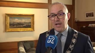 Interview met burgemeester Aboutaleb over Jules Deelder