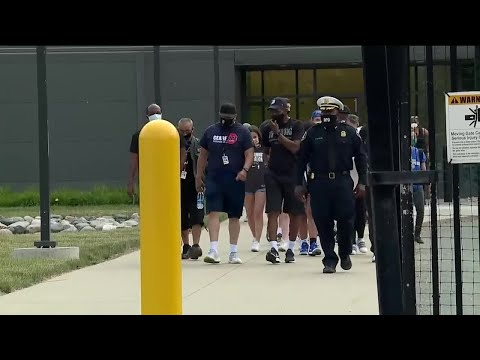 Dwane Casey, Pistons walk in Detroit protest against police brutality