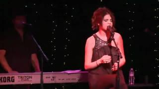Selena Gomez & the Scene Covers Mama Do by Pixie Lott - UNICEF Charity Concert (Live @ The Roxy)