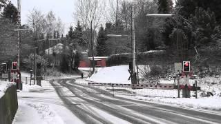 preview picture of video 'Bahnübergang Alte Neresheimer Straße, Bopfingen ++ BÜS72-Lichtzeichen und Läutewerk'