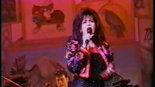 MARIE OSMOND SANTA CLAUS IS  COMING TO  TOWN