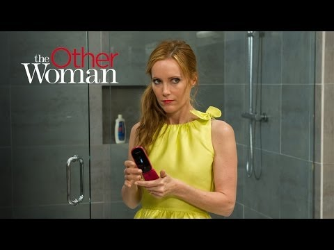The Other Woman Featurette 'Fashion Piece Leslie Mann'