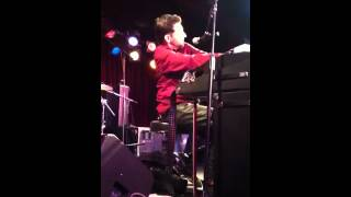 Jon B singing Cocoa Brown live at BB Kings