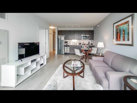 A short-term furnished 1-bedroom in River North at Exhibit on Superior