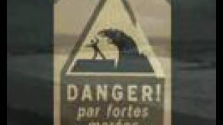 preview picture of video 'BARRAGE DE LA RANCE SAINT MALO TEMPETE VAGUES ET HOULE'