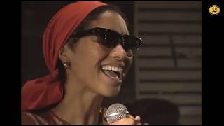 "Womack  Womack ""Teardrops"" live 1993 