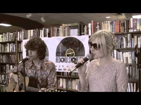 Natural Robots - Ghost (LIVE!) @ Mojo's Books and Records