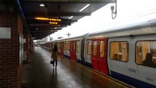 preview picture of video 'S Stock @ Hammersmith & City line West Ham (2013)'