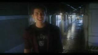 Video Quizas Si, Quizas No de Victor Muñoz