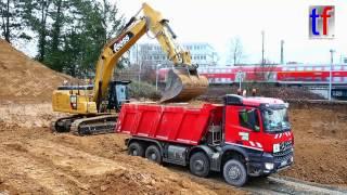 **BRANDNEW** CATERPILLAR 336F LN XE Load Mercedes-Benz AROCS Dump Truck, Waiblingen, 2017.