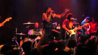 "Strung Out ""Paperwalls"" Live 09/15/12"