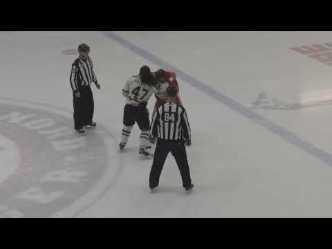 Danick Paquette vs Chris Cloutier