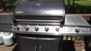 How to Work a Gas Grill