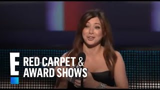 PCA 2010: Alyson Hannigan Wins For Favorite TV Comedy Actress | E! Peoples Choice Awards