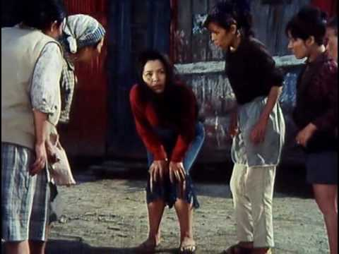 Dodesukaden (1970) Trailer