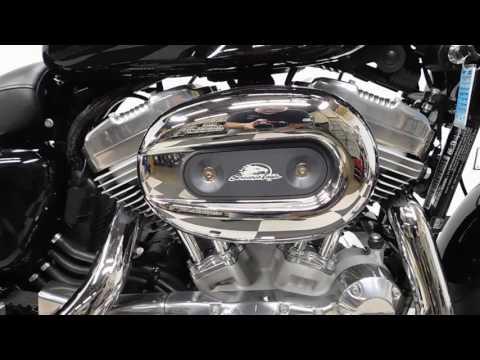 2014 Harley-Davidson Sportster® SuperLow® in Eden Prairie, Minnesota