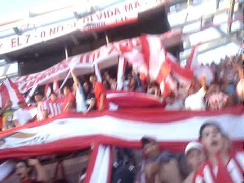 """""""vamos estudiantes"""" Barra: Los Leales • Club: Estudiantes de La Plata"""