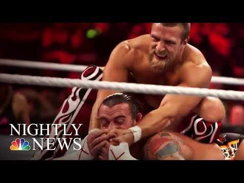 The Scripted Sports Program, WWE 'Raw' Turns 25 | NBC Nightly News