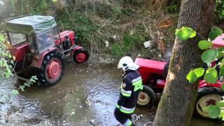 Lubatówka - Ciągnik traktor wpadł do rzeki