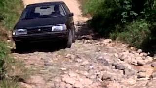 preview picture of video 'SUBARU GL EN CAMINOS MONTAÑOSOS DE GUATEMALA. EL RODEO, SAN MARCOS'