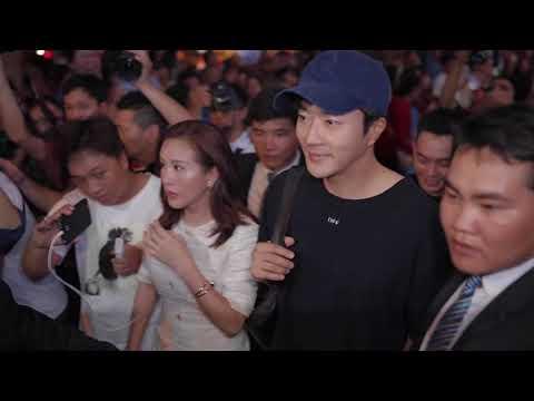 Hoa hậu Thu Hoài đón Kwon Sang Woo tại sân bay 21.7.2018