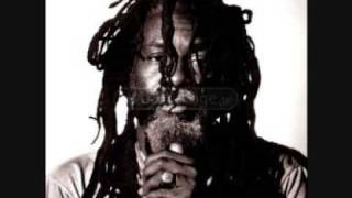 Burning Spear   Mek We Dweet