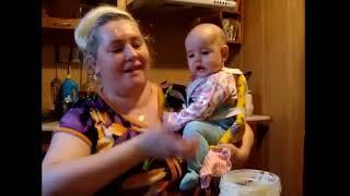 Ребенок поет в 4 месяца