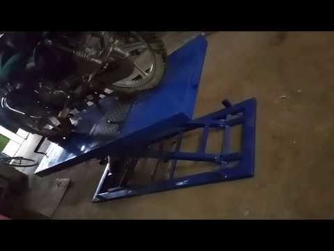 Hydraulic Two Wheeler Lift