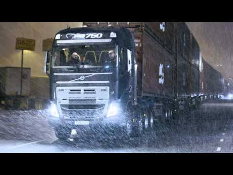Volvo Trucks - Trailer: Volvo Trucks vs ??? tonnes. How much will it pull?