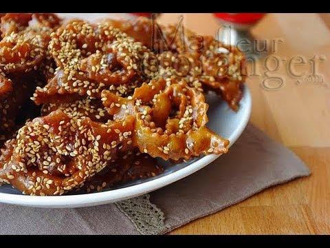 Recette de chebakia : gâteaux au miel   / Moroccan Sesame Cookies with Honey