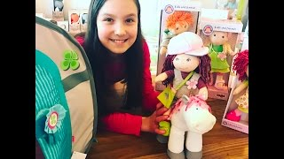 Opening HABA Lilli and friends horse barn + doll + horse