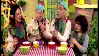 דן ומוזלי - לשחק עם האוכל