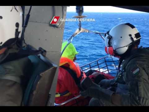 Il Video del soccorso dell'Ireal alla Giraglia 2016