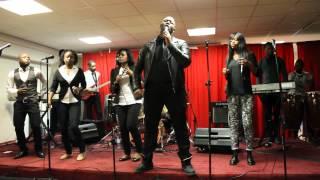 Génération Kabemba   Par Le Nom De Jésus   Exclu Live 2014  