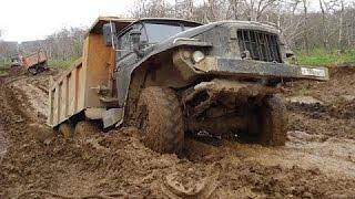 Ciężarówki Tonąć W Błocie, Potężne Samochody Konkurować Nieprzejezdnych Dróg, 4x4 #2