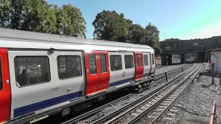 preview picture of video 'Trains at Harrow-on-the-Hill 09/09/12'