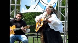 <b>Melanie Safka</b> Live  Kent State May 4 2012 Performing Candles In The Rain Laydown