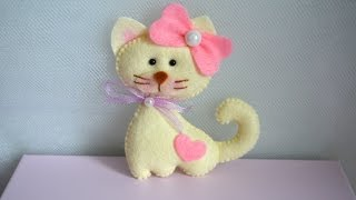 Make A Cute Felt Cat - DIY Crafts - Guidecentral