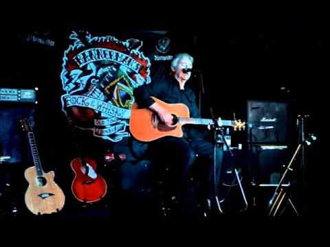 "Roy Henderson - ""A Hard Place"" - Live at Bannermans 8th March 2013"