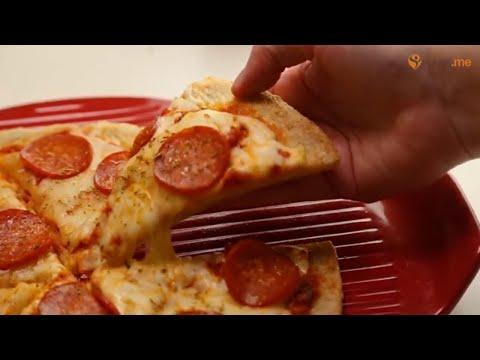 Keto Low-Carb Pepperoni Pizza Recipe