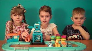 Сказка для детей как робокары строят дом! Повторяем цвета!
