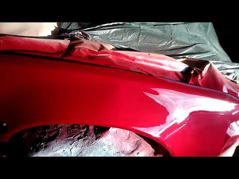 Acabado de pintar en la cabina Nissan 240