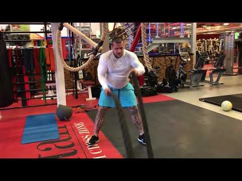 Ćwiczenia w celu zwiększenia mięśni piersiowych w domu