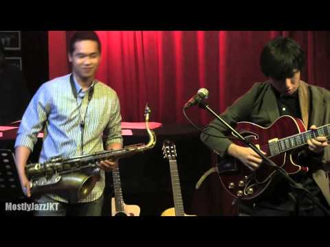 Gerald Situmorang Trio ft. Dennis Junio - Time Is The Answer @ Mostly Jazz 07/06/14 [HD