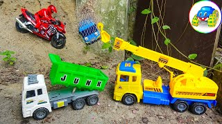 Motorcycle, Truck and Helicopter Help Endangered Bus - Toys for Kids | Kid Studio